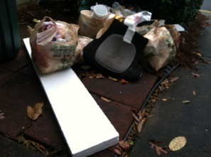 Lots of bags, mostly filled with polystyrene. F-bombs when I picked it up, F-bombs when I dropped it off at home.